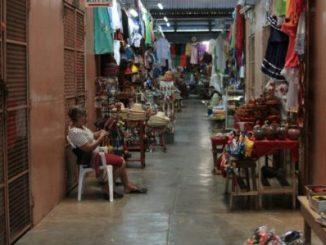 Cortesía COSMOS: Panorámica de un mercado popular en Nicaragua.