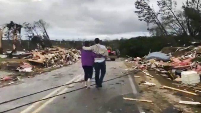 tornado,Alabama,