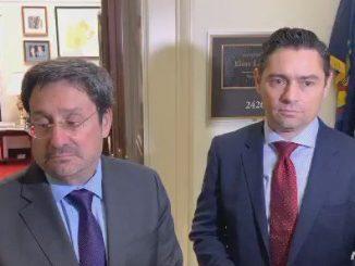 Embajadores de Colombia y Venezuela, Francisco Santos y Carlos Vecchio. Foto:  Twitter