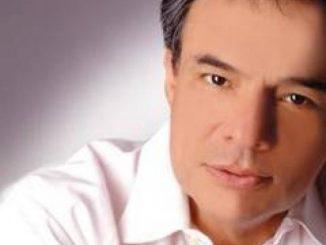 CANTANTE José José
