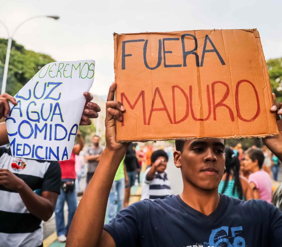 FUERA MADURO