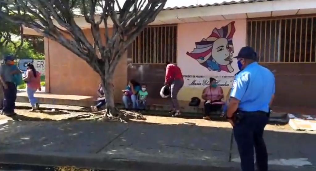 Movimiento María Elena Cuadra con presencia policial