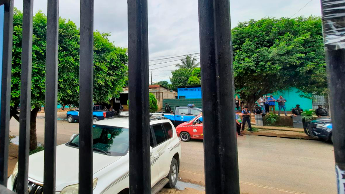 Masaya policía asedio reunion coalición nacional