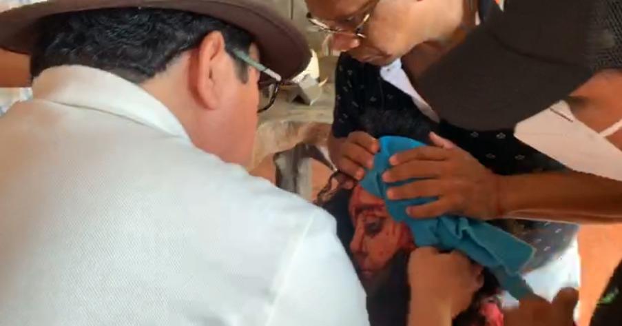 Agreden a Verónica Chávez pedrada