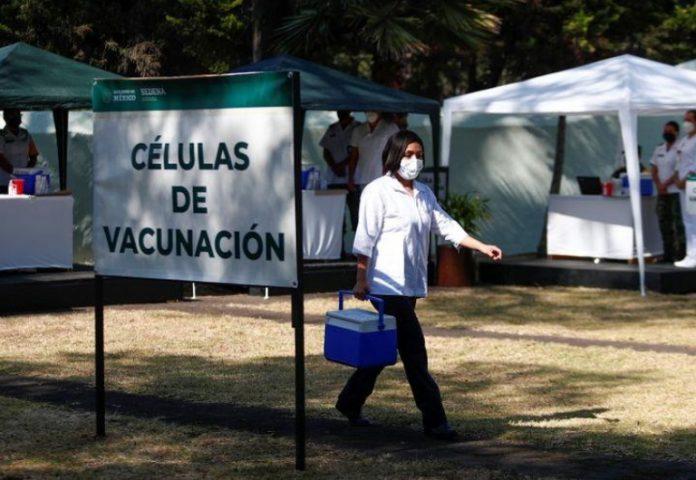Vacunación-696×480