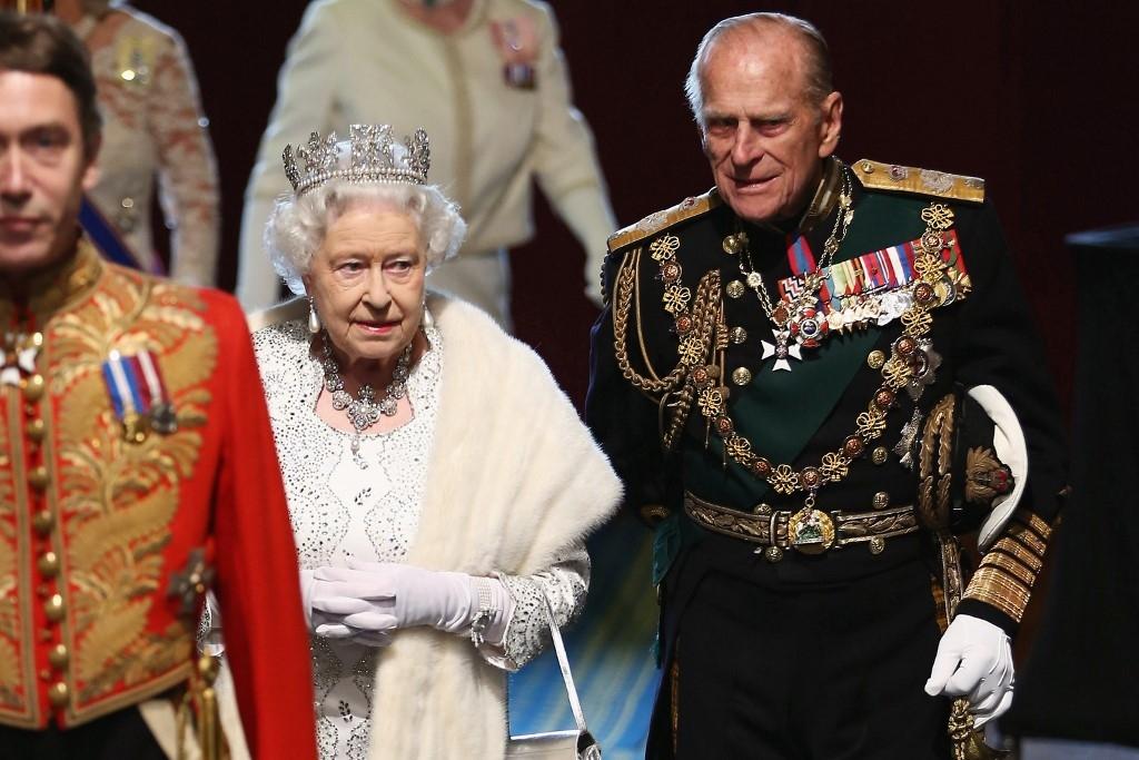 Reina Isabel II y su esposo