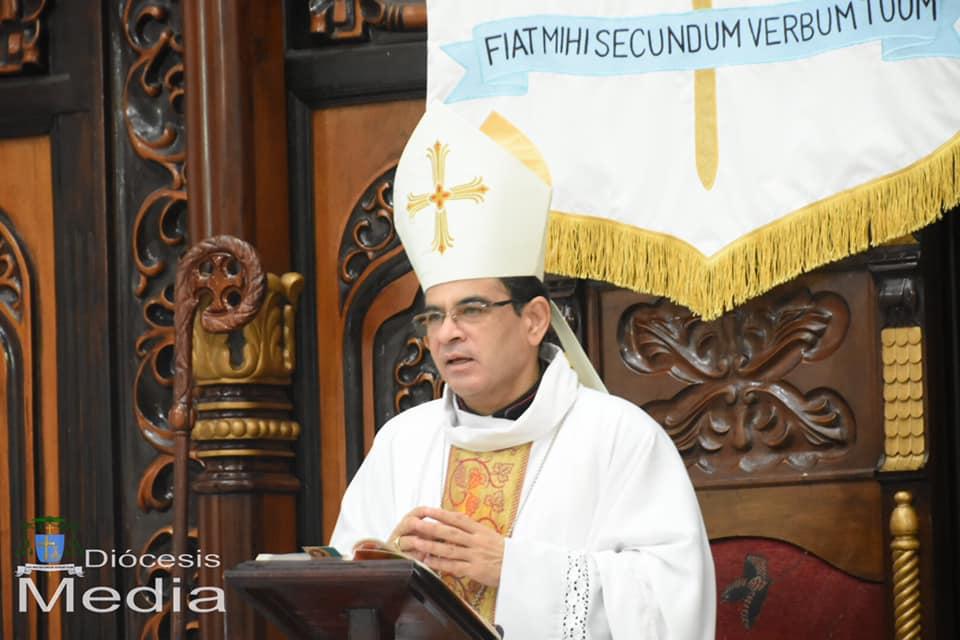 Mons Álvarez