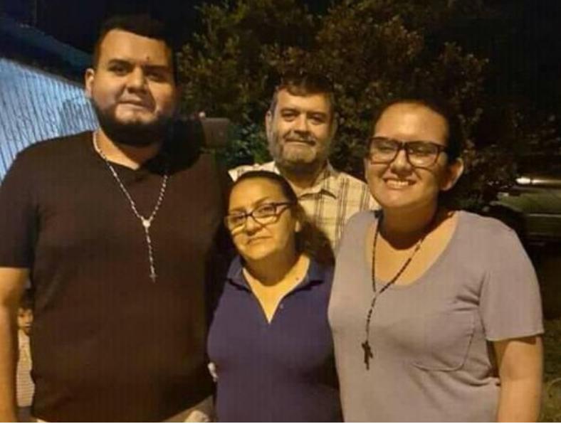 FAMILIA REYES ALONSO